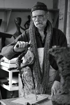 Breon O'Casey in his studio Patrick Heron, Barbara Hepworth, St Ives, Artist At Work, Book Art, Studio, Cornwall, Gallery, 2d