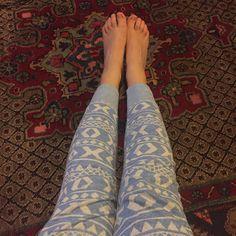 Pijama geométrico un must para este invierno  #bedtime #goodnight #feet #pijama #fromthetop #lovemassana #happymassana #massana #homewear #bedwear #blue #clothing #fashion #ootn #outfit #love #comfy #cozy #winteriscoming #itgirl #blogger #sleep #monday #sweetdreams