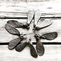 FANIE ROUX   🌜POETIC COPPER TREASURES 🌛handmade in Cologne ✨ Alchemist 🌿Vegan 🌔   Blütenring I Unikat I Boho I Blätter I Kupferschmuck I Ahornblatt I Propeller  www.etsy.com/shop/fanieroux