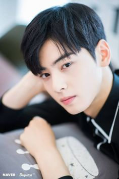 ASTRO's Eunwoo for Naver x Dispatch 'My ID is Gangnam Beauty' photoshoot. Cute Korean Boys, Korean Men, Korean Actors, Korean Idols, Park Jin Woo, Cha Eunwoo Astro, Astro Wallpaper, Lee Dong Min, Boyfriend Material