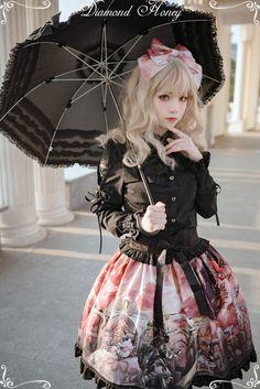 Diamond Honey -Dragon and Knight- Lolita High Waist Skirt,Lolita Dresses, Quirky Fashion, Cute Fashion, Fashion Beauty, Guys And Girls, Cute Girls, Mode Kawaii, Estilo Lolita, Cosplay Anime, Witch Fashion