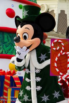 Christmas Cavalcade - Mickey Mouse