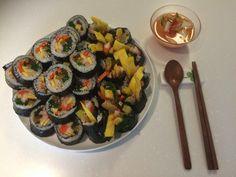 Enjoy Korea with Hui: How to Make Gimbap? Classical Korean Gimbop Recipe...