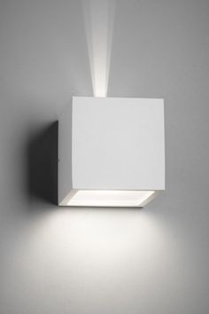 Cube XL Outdoor E27 by Light-Point | Wall-mounted spotlights