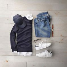 pulls for men inspiration grid style outfits mens outfit men's fashion style inspiration casual style Stylish Men, Men Casual, Casual Outfits, Fashion Outfits, Men's Fashion, Fashion News, Fashion Trends, Look Man, Flatlay Styling