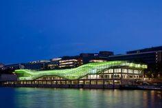 Les Docks, Cité de lamode et du design, lumière Yann Kersalé.