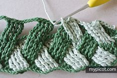 Watch This Video Beauteous Finished Make Crochet Look Like Knitting (the Waistcoat Stitch) Ideas. Amazing Make Crochet Look Like Knitting (the Waistcoat Stitch) Ideas. Crochet Diy, Crochet Motifs, Crochet Stitches Patterns, Crochet Gifts, Crochet Designs, Crochet Dolls, Knitting Patterns, Basket Weave Crochet, Crochet Projects