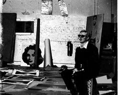 Andy Warhol with silver Liz Taylor, silver Elvis, and Electric Chair paintings at the original Factory studio, By Billy Name Andy Warhol, Artist Art, Artist At Work, Famous Artists, Great Artists, Billy Name, Max S, Intimate Photos, Portraits