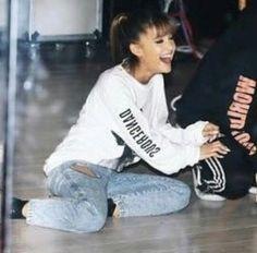 Ariana Grande, Dangerous Woman Tour, Lana Del Ray, Beautiful Voice, Latest Pics, Miley Cyrus, Beautiful Celebrities, My Beauty, Girl Photos