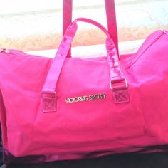 Victoria Secret Pink Weekend Duffle Bag Weekender Pink VS duffle bag perfect for travel or anytime you need to pack more than your purse can hold. Super cute. No trades please. Victoria's Secret Bags Travel Bags