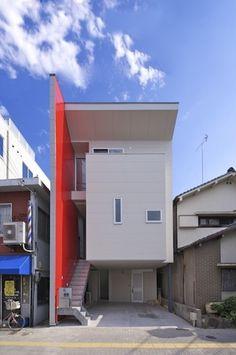 3 Storey House Design, One Storey House, Bungalow House Design, Small House Design, Modern House Design, Townhouse Designs, Narrow House, A Frame House, Minimalist House Design