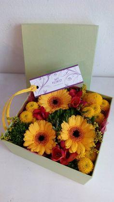 Florwer Box - gerbera, barbathus, fresia Gerbera, Flower Boxes, Fresh Flowers, Presents, Window Boxes, Gifts, Planter Boxes, Favors, Gift