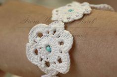 Bracelet au crochetavec perles.Fait-main artisanat Français.