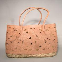 Basttasche Handtasche mit Natur leder aus gestanztem Leder – Ibiza Tasche 100% Natureprodukte