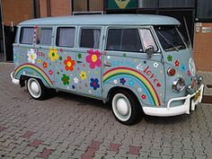 VW Hippie Bus ✌ Peace & Love ♥ Really cosmic, man!