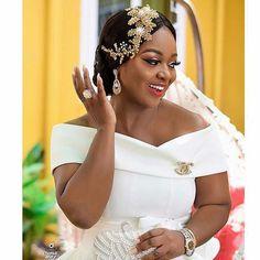 Image may contain: 1 person, wedding Crystal Wedding Dresses, Sheer Wedding Dress, Elegant Wedding Dress, Wedding Gowns, African Wedding Attire, Ghana Wedding, African Traditional Dresses, Latest African Fashion Dresses, Civil Wedding