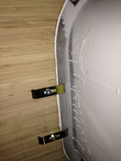 closeup of clips that hold undermount sink to countertop httpmistahlee33 - Kitchen Sink Clips
