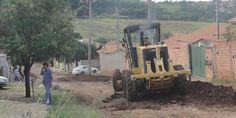 Secretário de Obras cumpre palavra e acalma ânimo de moradores revoltados - http://projac.com.br/noticias/secretario-de-obras-cumpre-palavra-e-acalma-animo-de-moradores-revoltados.html