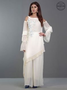 Zainab Chottani Pearly White Dew Eid Collection 2017 Price in Pakistan famous brand online shopping, luxury embroidered suit now in buy online & shipping wide nation. Pakistani Dresses, Indian Dresses, Indian Outfits, Stylish Dresses For Girls, Stylish Dress Designs, Kurti Designs Party Wear, Kurta Designs, Indian Designer Outfits, Designer Dresses