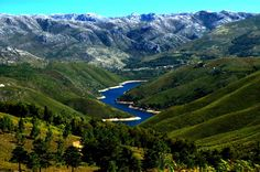 A Serra do Gerês é a segunda maior elevação de Portugal Continental. O cume atinge 1545 metros de altitude, segundo folha do Instituto Geográfico do Exército. Faz parte do sistema montanhoso da Peneda-Gerês.