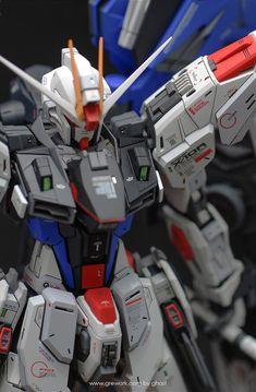 Freedom Gundam - Customized Build Modeled by ghost Gundam Toys, Gundam Art, Gundam Wing, Strike Gundam, Gundam Wallpapers, Unicorn Gundam, Gundam Custom Build, Gundam Seed, Gunpla Custom