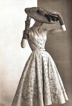 ein wundervolles Kleid