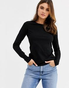 Find the best selection of ASOS DESIGN ultimate organic cotton long sleeve crew neck t-shirt in black. Shop today with free delivery and returns (Ts&Cs apply) with ASOS! Going Out Shirts, Going Out Tops, Tank Shirt, Neck T Shirt, Mesh Long Sleeve, Coton Biologique, Asos Curve, Knitted Tank Top, Women's T Shirts