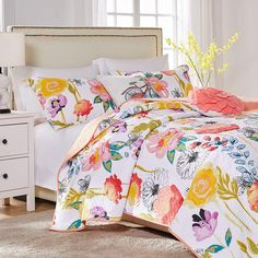 Greenland Home Watercolor Dream Oversized Cotton Quilt Set (White - Twin), Orange, Greenland Home Fashions Floral Bedding, Cotton Bedding, Quilt Bedding, Cotton Quilts, Bedding Shop, Modern Cottage Style, Bed Cover Sets, Yellow Quilts, Online Bedding Stores