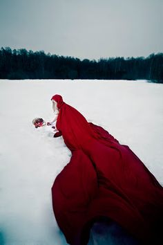 Once Upon A Blog...: Red Riding Hood Cosplay: Are You Afraid?