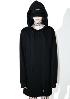 Stranded Longline Hoodie will keep you totally and utterly isolated… This dope oversized hoodie features a plush black construction, super slouchy cut, banded trim, and oversized drawstrings.
