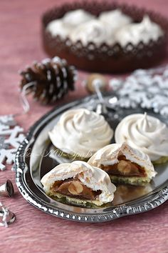 French Deserts, Meringue Pavlova, Kiss Cookies, Homemade Cakes, Pain, Cookie Recipes, Cupcake Cakes, Sweet Tooth, Cheesecake