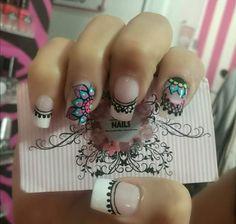 Resultado de imagen para diseño de uñas con mandalas Nail Art Hacks, Nail Art Diy, Pink Nails, My Nails, Tribal Nails, Crazy Nails, French Tip Nails, Nail Decorations, Flower Nails