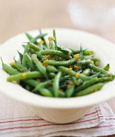 How to Make Green Beans With Caramelized Onion Vinaigrette
