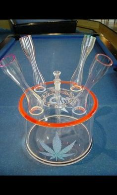 #bong … i dunno what it is but i want it #MaryJane #peace http://maryjane4200.blogspot.com