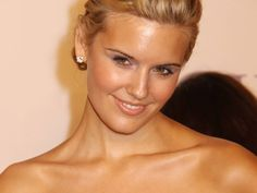 Maggie Grace She is a self-proclaimed Anglophile, having written to a pen pal in the Lake District from the age of eight, having first visited England at 13 years of age, and admiring a number of English poets, including William Shakespeare Maggie Grace, Stretch Mark Cream, Stretch Marks, Types Of Warts, Local Tv Stations, The Taken, Get Up And Walk, Scapegoat, Love Scenes