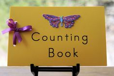 Free Counting Book Printable plus suggested activities. Card stock, ribbon & theme stickers, photos, or magazine cutouts Numbers Preschool, Math Numbers, Preschool Kindergarten, Preschool Ideas, Projects For Kids, Crafts For Kids, Homemade Books, Counting Books, Math Classroom