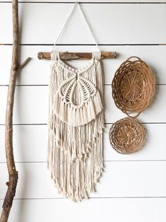 www.e… shop: Macrame Wall Hanging- Shell Macrame Hanging – A… www.e… shop: Macrame Wall Hanging- Shell Macrame Hanging – Air Plant Holder – Boho Home Decor – Home Decor – Beach Decor – Beachy Home Decor – Macrame Products I Love