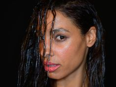 7 Wet Hairstyles To Sleep In That Will Make Mornings A Breeze — VIDEOS   Bustle