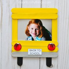 DIY Back-to-School Photo Frame Cherish first day of school memories with this darling DIY back-to-school photo frame. Fun back-to-school crafts for kids and back-to-school activities. The post DIY Back-to-School Photo Frame appeared first on School Diy. Kids Crafts, Craft Stick Crafts, Preschool Crafts, Paper Craft, Craft Sticks, School Bus Crafts, Back To School Activities, Activities For Kids, Space Activities