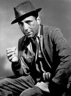 They Drive By Night (1940) ~ Humphrey Bogart