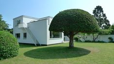 Photo fra Arne Jacobsen house in Denmark.
