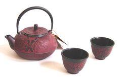 Japanese Cast Iron Tea Pot Set Burgundy Red Bamboo Kafu,http://www.amazon.com/dp/B0002AAPTO/ref=cm_sw_r_pi_dp_..8ytb09C66Z2YE6
