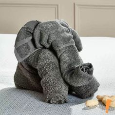 Elephant Towel-Not too difficult of a project for the semi direction challenged Baby Shower Gift Basket, Baby Shower Gifts, Elephant Towel, Elephant Crafts, Towel Origami, Big Lots Store, Towel Animals, New Things To Try, How To Fold Towels