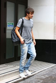 one direction's liam payne leaving sony in london july 2012