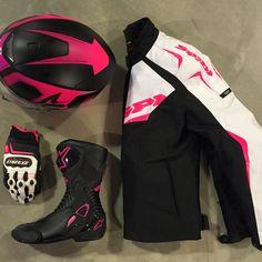 Special Look for Lady Bikers!!! Helmet  sharkofficiel Jacket  Spidi Gloves   cf76ba0b775