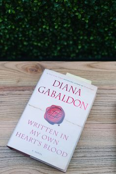 - When is # 9 coming out? Diana Gabaldon Books, Outlander Book, Jamie And Claire, Random House, Music Tv, Great Books, Bestselling Author, Special Events, Scotland