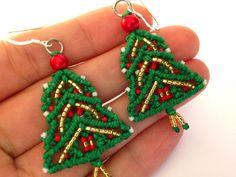 Macrame Earrings Christmas Earrings Christmas Tree by MACRANI
