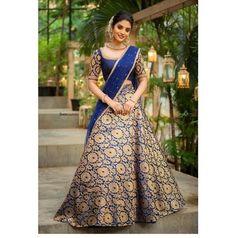 Party Wear Indian Dresses, Indian Gowns Dresses, Indian Fashion Dresses, Indian Wedding Outfits, Indian Designer Outfits, Bridal Outfits, Indian Outfits, Prom Dresses, Long Dress Design