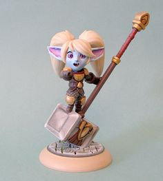 Figure of Poppy, character from League of Legends game League Of Legends Game, League Of Legends Characters, Poppy League, I Am Game, Comic Character, Funny Images, Poppies, Sculpting, Chibi