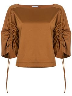 блузка с присборенными рукавами